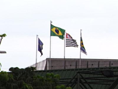 サンパウロ空港のブラジル国旗